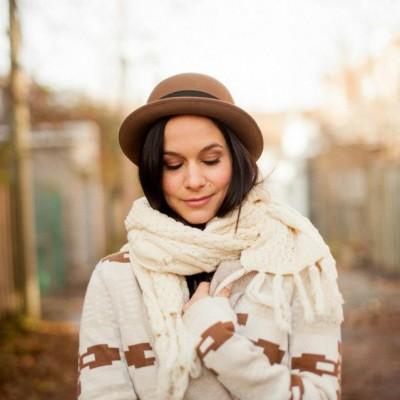 "Amélie B Simard | Photo : <a href=""http://www.emilieiggiotti.com/"" target=""_blank"">Émilie Iggiotti</a> | Maquillage/Makeup : Katherine Cloutier"